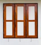 Windows-Betonmauern Stockfotografie