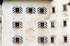 Windows, château de Predjama Photo stock
