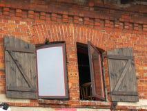 Windows con el obturador Fotografía de archivo