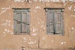Windows con gli otturatori Fotografia Stock Libera da Diritti