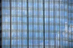 Windows d'une ville ayant beaucoup d'étages Photos stock