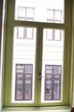 Windows dans une fenêtre Photos stock