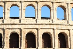 Windows de colosseum Photographie stock libre de droits