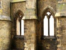 Windows de la catedral gótica Imágenes de archivo libres de regalías