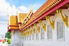 Windows de oro del templo Imagenes de archivo