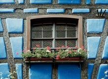 Windows de una mitad-madera foto de archivo libre de regalías