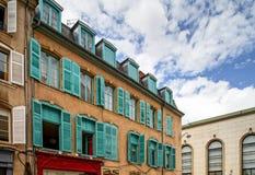 Windows de vieux centrel à Nancy, France Photographie stock libre de droits