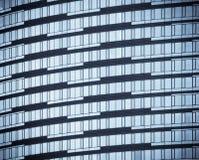 Windows der Bürohaus Stockfotografie