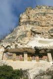 Windows des Felsenklosters Stockbilder