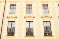 Windows di un palazzo Fotografia Stock Libera da Diritti