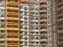 Windows e facciata del balcone della casa moderna Fotografie Stock