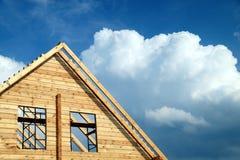 Windows in einem neuen Haus Stockbilder