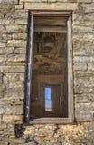Windows en la casa abandonada del Dr. jones Fotografía de archivo libre de regalías