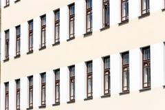 Windows en la fachada Fotos de archivo