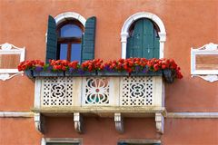 Windows et balcons à Venise, Italie Photo libre de droits
