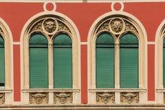 Windows facade Stadshus och den forntida templet av kejsaren Augustus split croatia Arkivbild