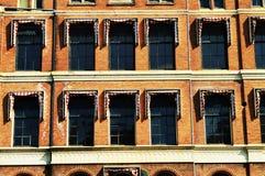 Windows i Amsterdam, Nederländerna, Europa och färgrika byggnader Fotografering för Bildbyråer