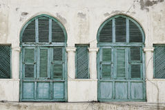 Windows im massawa Eritrea-Osmaneeinfluß Stockbild