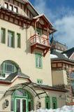Windows och balkong Arkivfoton