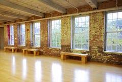 Windows på Art Gallery fotografering för bildbyråer