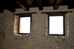 Windows Rupea Reps, fästning Medeltida spår Transylvania Rumänien Royaltyfria Bilder