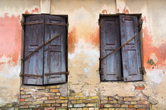 Windows shutters closed Royalty Free Stock Photos