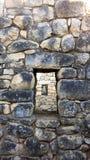 Windows stato allineato, rovine di Machu Pichu fotografie stock libere da diritti