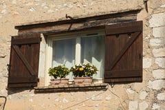Windows sul san Paul de Vence immagine stock