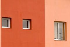 Windows sur le mur Images libres de droits