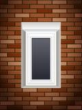 Windows sur le mur de briques Images libres de droits