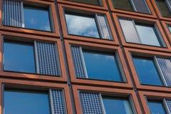 Windows sur un bâtiment moderne Image libre de droits