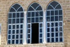 Windows und Balkone in Haifa Lizenzfreies Stockbild
