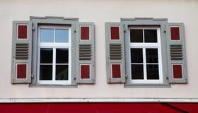 Windows und Blendenverschlüsse Lizenzfreie Stockbilder