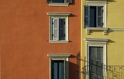Windows und Blendenverschlüsse Lizenzfreie Stockfotos