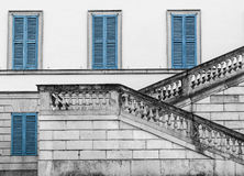 Windows y escalera Fotografía de archivo libre de regalías