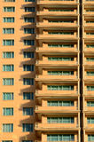 Windows y sombras del edificio moderno del hotel Imagen de archivo