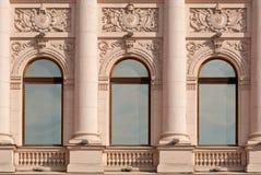 Windows z kolumnami. Obrazy Stock