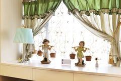 Windowsill sypialnia zdjęcia royalty free