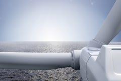 Windpark med hav stock illustrationer