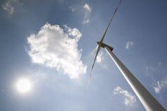 Windpower com sol Imagens de Stock