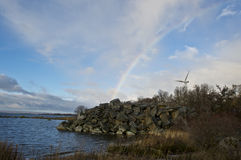 Windpower i kust- område Royaltyfri Foto