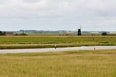 Windpumpe auf dem Fluss Waveney Lizenzfreie Stockfotos