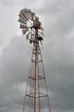 Windpumpe für Quellwasser Lizenzfreie Stockfotografie