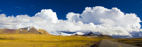 Winds and clouds above Grassland Stock Photos