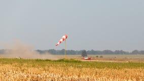 Windsock и посадка воздушного судна Стоковые Изображения RF