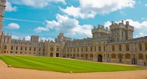 Windsor Castle, officiële woonplaats van de Koningin Royalty-vrije Stock Fotografie