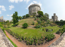 Windsor Castle Round Tower e fosso Foto de Stock Royalty Free