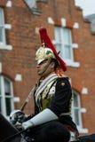 Windsor, het UK - 18 Mei 2019: De Huishoudencavalerie merkt hun vertrek van Comberme-Barakken stock afbeeldingen