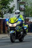 Windsor, Reino Unido - 18 de maio de 2019: A cavalaria do agregado familiar para marcar sua partida das casernas de Comberme fotografia de stock
