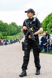 Windsor, Reino Unido - 18 de maio de 2019: A cavalaria do agregado familiar para marcar sua partida das casernas de Comberme fotos de stock royalty free
